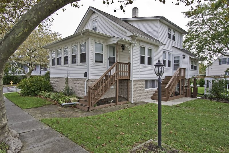 135 South Broadway 93050 - Image 1 - Cape May - rentals