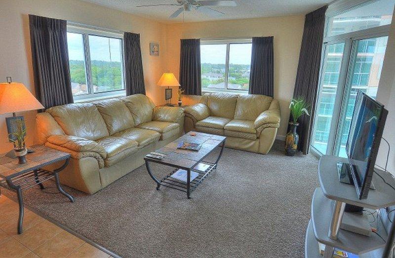 Lots of Sunlight! - Beautiful Ocean View Condo with Resort Amenities! - North Myrtle Beach - rentals
