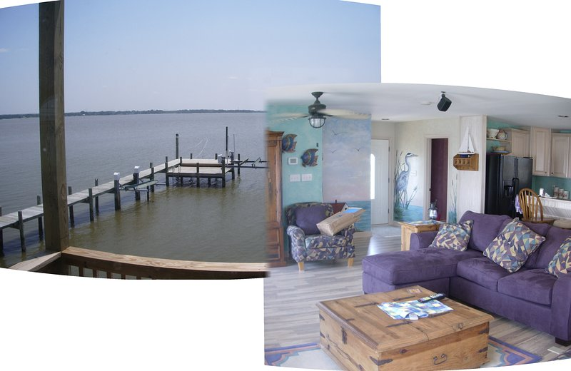 Living room, looking out over the water off the back deck!:) - Romantic Tappahannock - Dunnsville - rentals