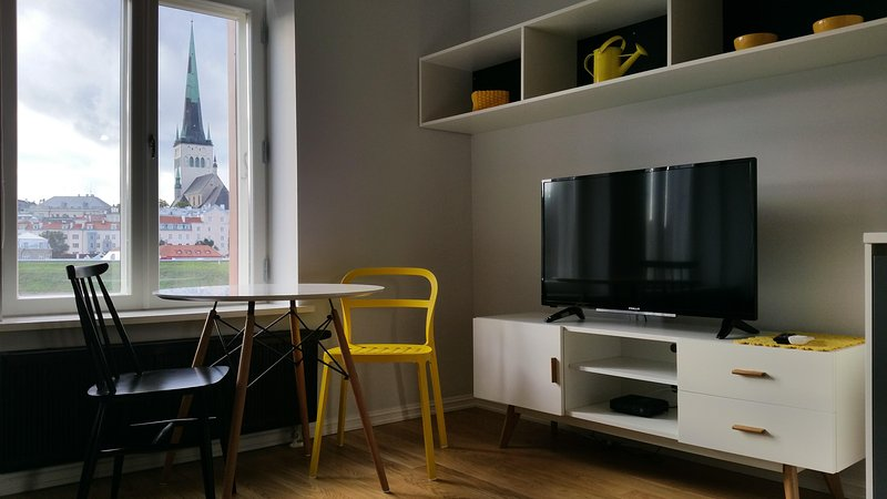 Amazing studio with aircon in Rotermanni quarter - Image 1 - Tallinn - rentals