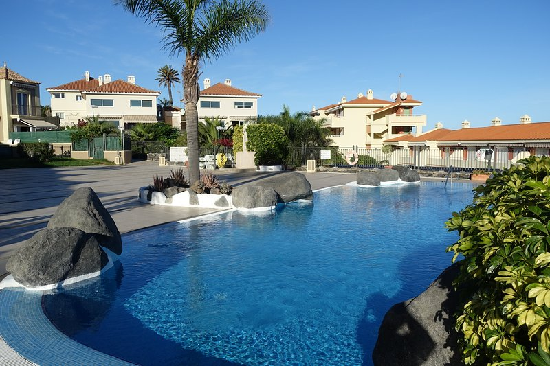 Holiday Apartment with lovely sea views. - Image 1 - Puerto de la Cruz - rentals