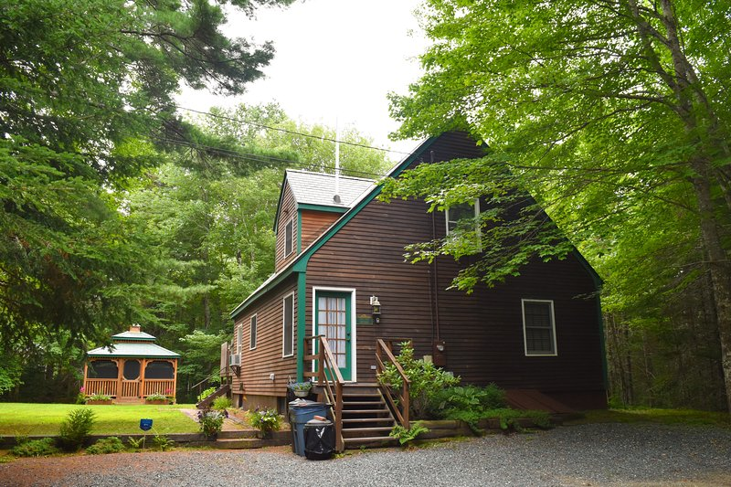 Enchanting Cottage Near Bar Harbor And Acadia NP - Image 1 - Trenton - rentals