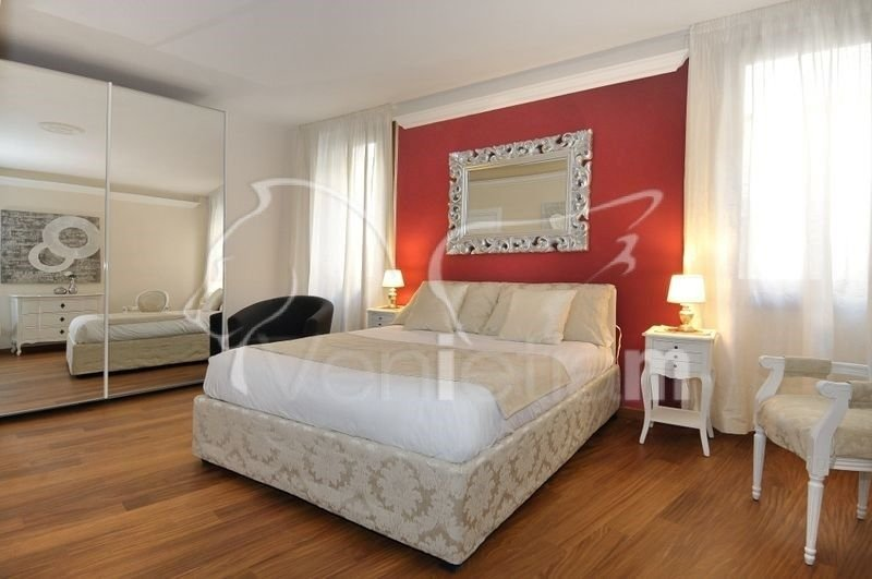 Ca'Rialtina - Bright, modern three bedroom apartment with a lot of space and near the Rialto's Market - Image 1 - Venice - rentals