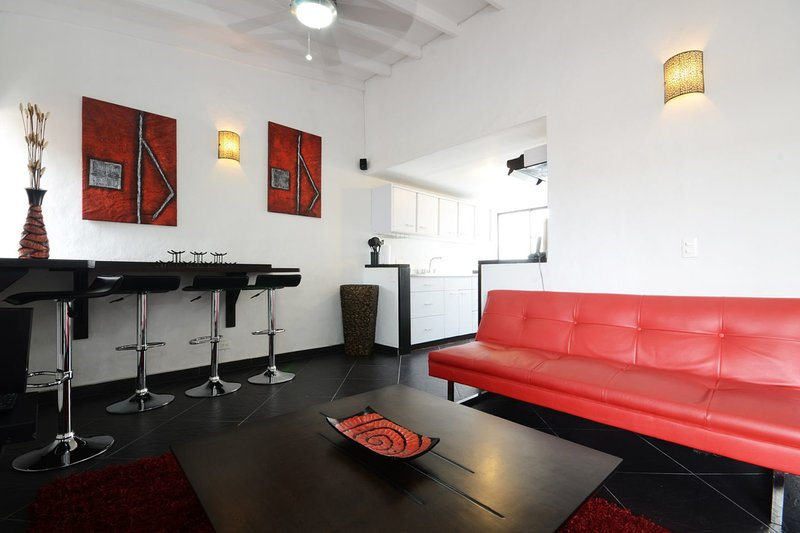 Cool Penthouse in Tourist Central - Image 1 - Medellin - rentals