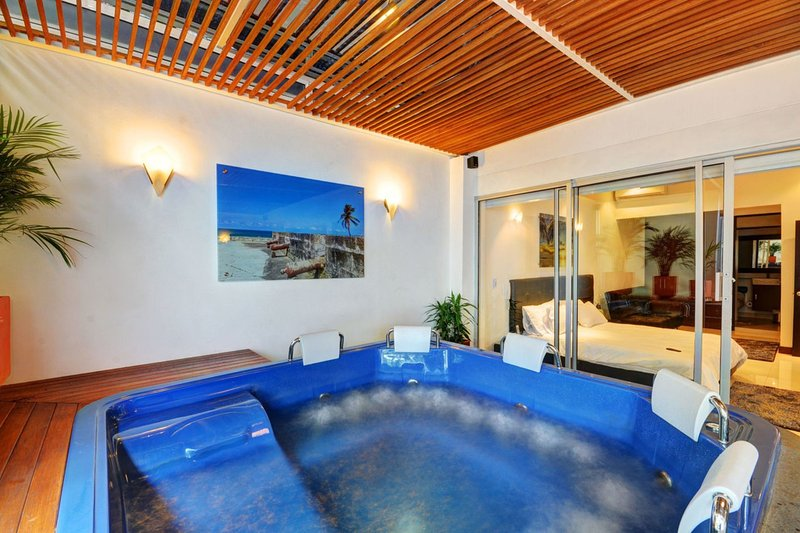 Superfly Penthouse with Jacuzzi! - Image 1 - Medellin - rentals