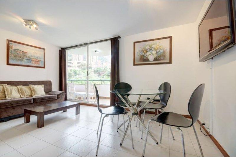 Great Value + Pool in Fun Location - Image 1 - Medellin - rentals