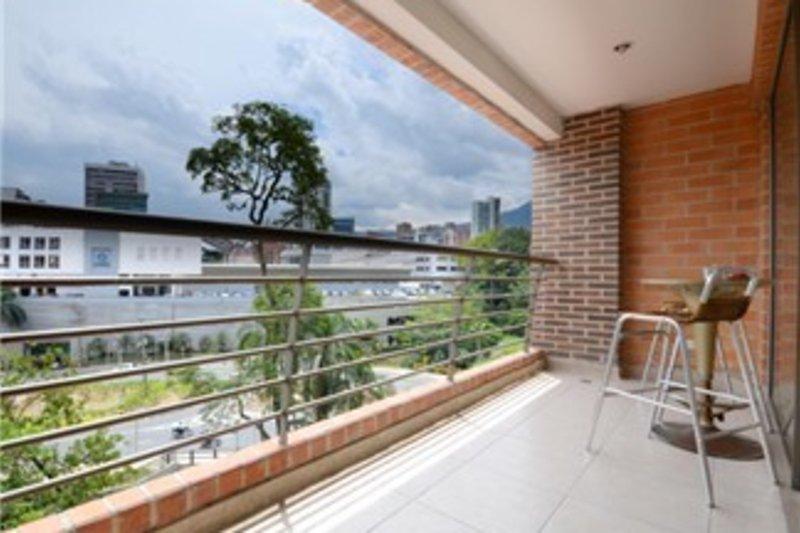 Location, Comfort and Convinience - Image 1 - Medellin - rentals