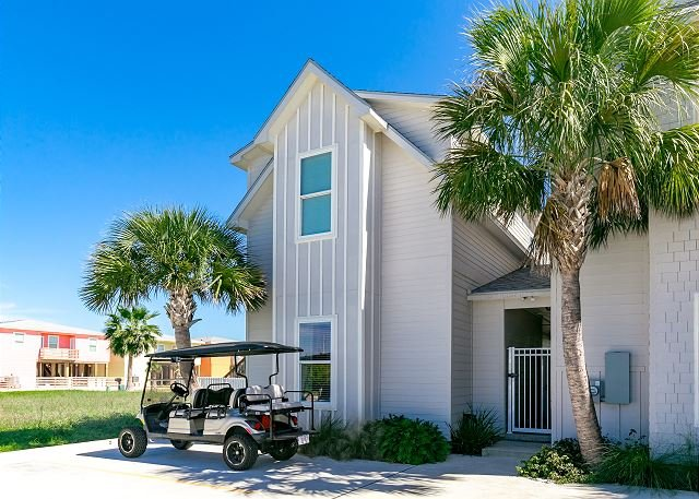 Welcome to Sea of Tranquility! - Sea of Tranquility: FREE GOLF CART, Community Pool, Close to Beach, Sleeps 10 - Port Aransas - rentals