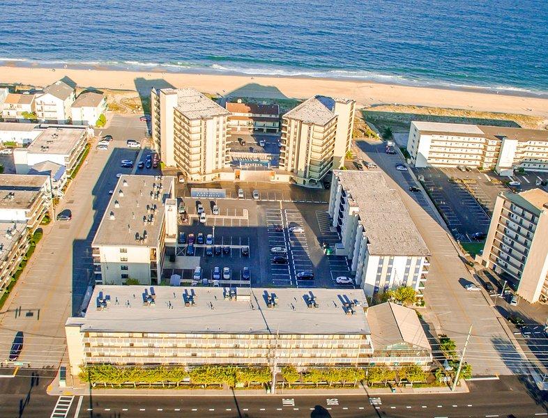 3 BR Ocean Side.  Best deal in town..Book online - Image 1 - Ocean City - rentals