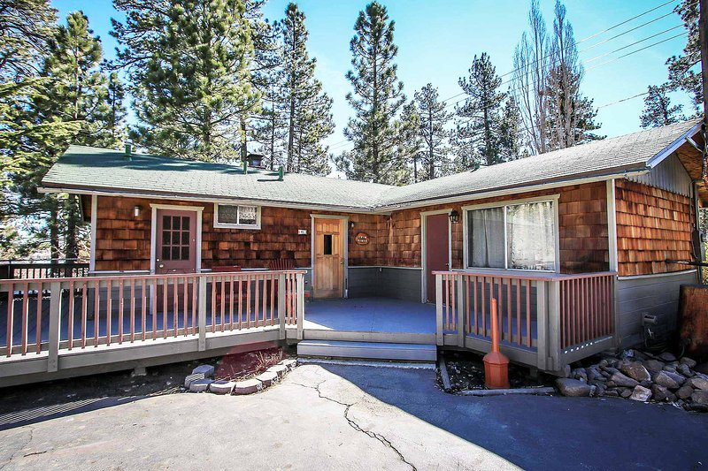 0111-Twin Pines ~ RA2325 - Image 1 - Big Bear Lake - rentals