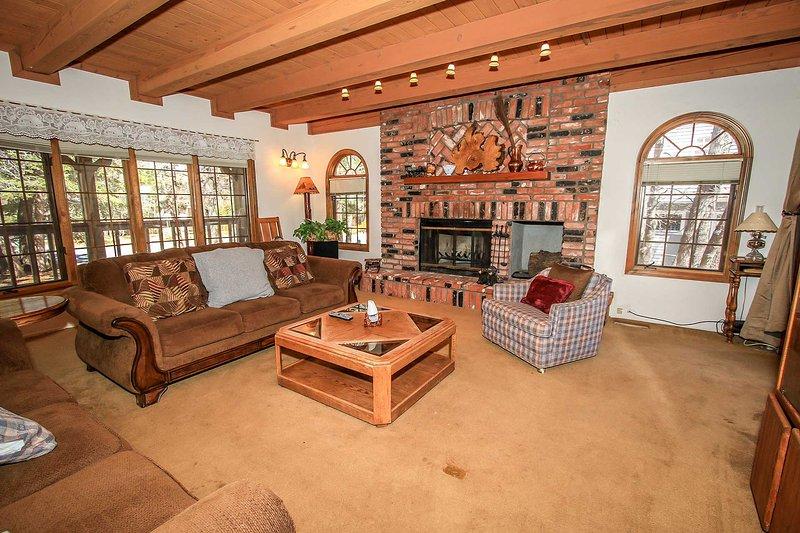 1032-Cozy Bear Lair - Image 1 - Big Bear City - rentals