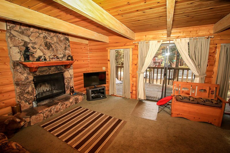 Nestled Within The Trees~Quiet Location~Fully Fenced Yard~Pets Ok~Laundry~WiFi~ - Image 1 - Big Bear City - rentals