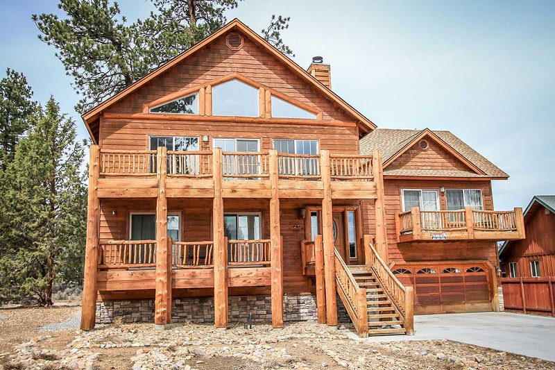 1334-Austin's Mountain Retreat - Image 1 - Big Bear City - rentals