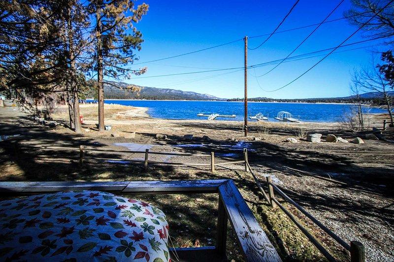 0110 - Lakefront ~ RA2323 - Image 1 - Big Bear Lake - rentals