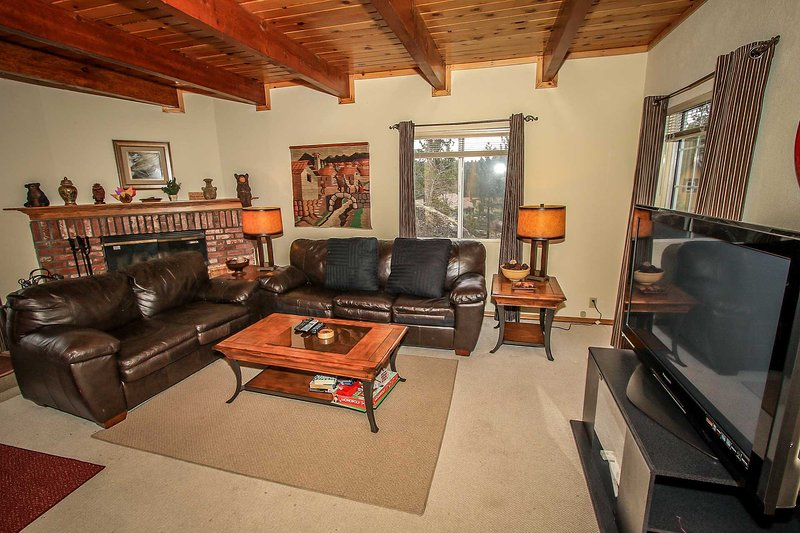 1433-Top of the Pines - Image 1 - Fawnskin - rentals