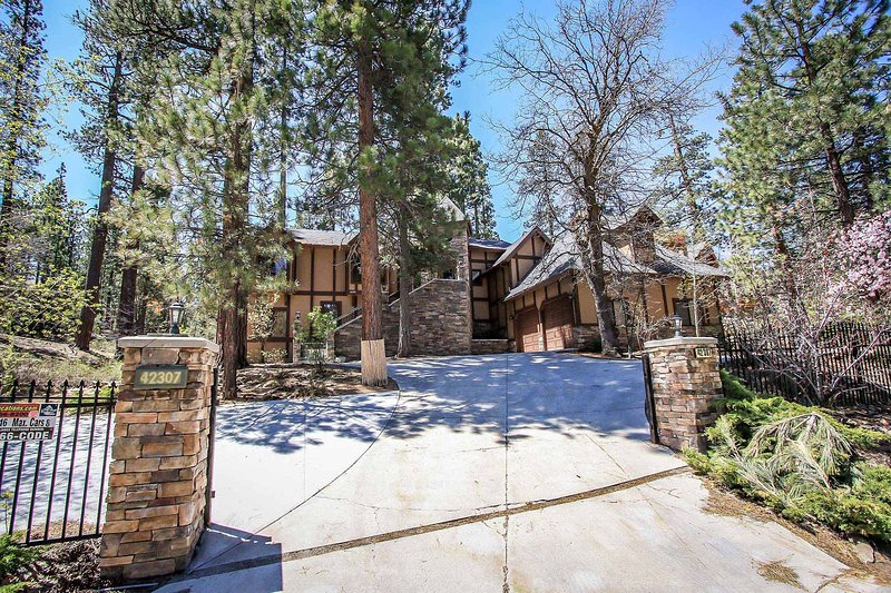 1277-Four Happy Bears Estate - Image 1 - Big Bear Lake - rentals