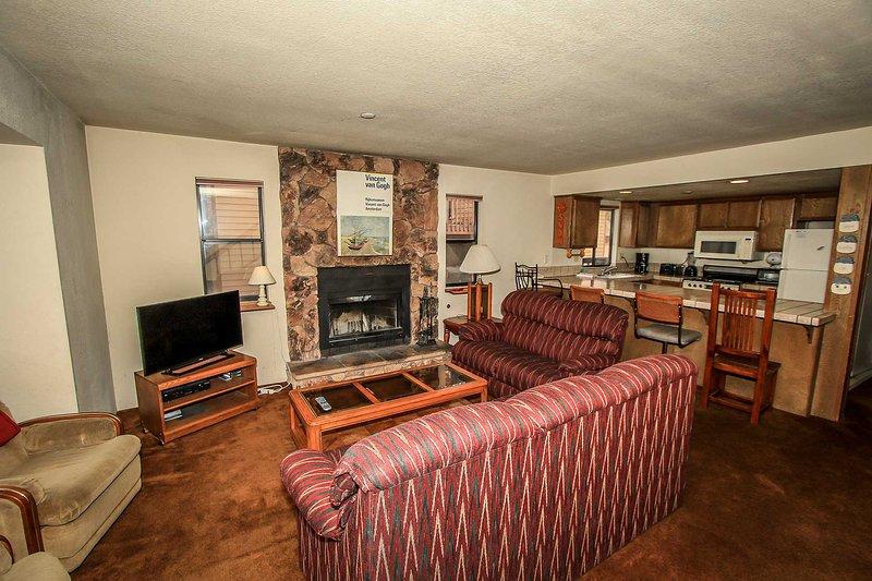 744-Summit Vellucci - Image 1 - Big Bear Lake - rentals