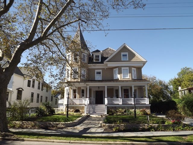 Meticoulously Renovated Victorian Sleeps 25 126045 - Image 1 - Cape May - rentals