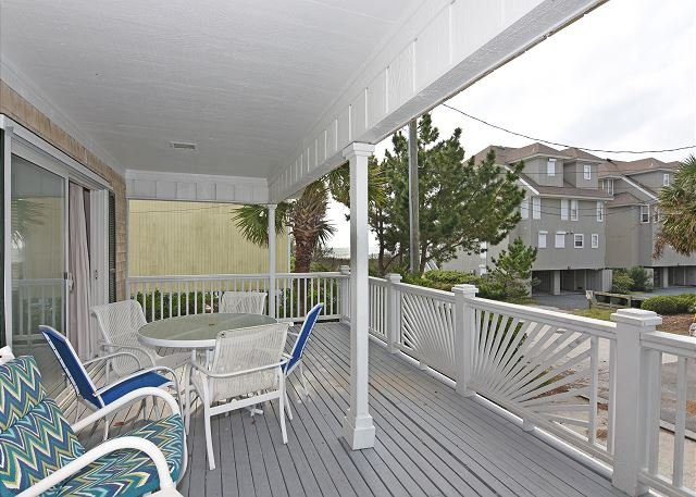 Shore Fun - covered deck - Shore Fun -  Comfortable and cozy ocean view cottage with easy beach access - Wrightsville Beach - rentals