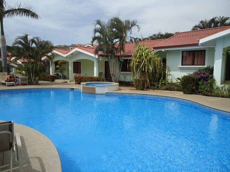 Family Vacation Time by the Beach - Image 1 - Playas del Coco - rentals