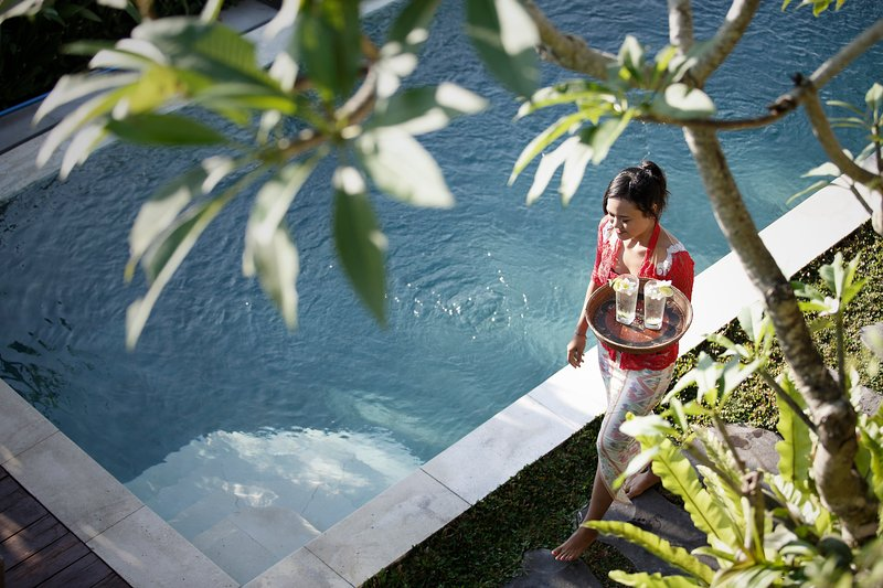 A cool drink by the pool? - Special Rate-Luxury 3BR Villa Santana with private pool, walk to Ubud - Ubud - rentals