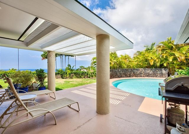 Covered Lanai for Lounging Poolside - Halele'a Luxury Island Home w/4 Master Ste's, AC INCLUDED-POOL- Ocean Views! - Kailua-Kona - rentals
