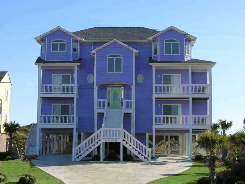 Oceanfront W/Pool, Hot Tub. Spring weeks reduced! - Image 1 - Emerald Isle - rentals