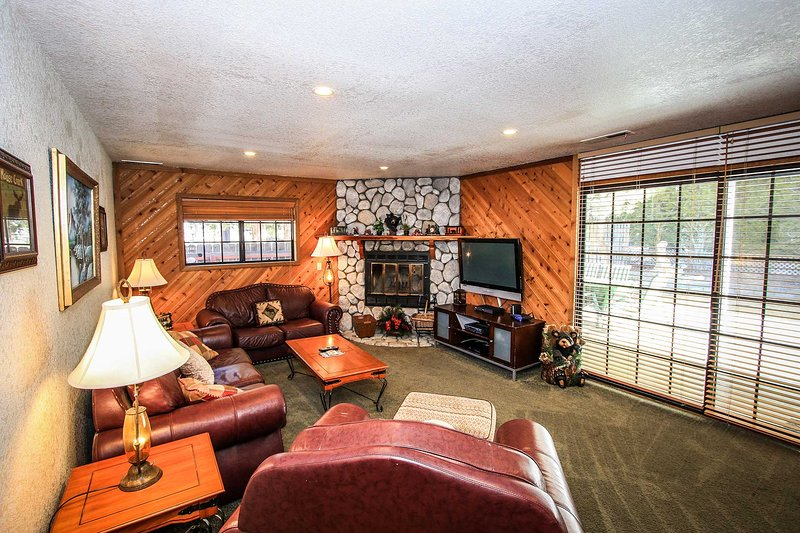 990-Angie's Chalet - Image 1 - Big Bear Lake - rentals