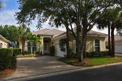 Front Exterior - House in Pelican Landing - Bonita Springs - rentals
