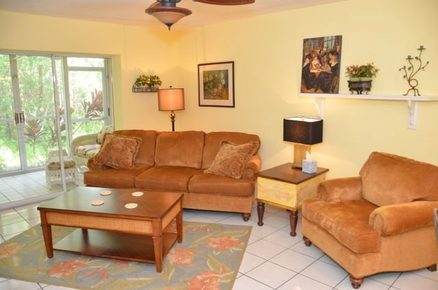 Living Room - Wiggins Lakes - Naples - rentals