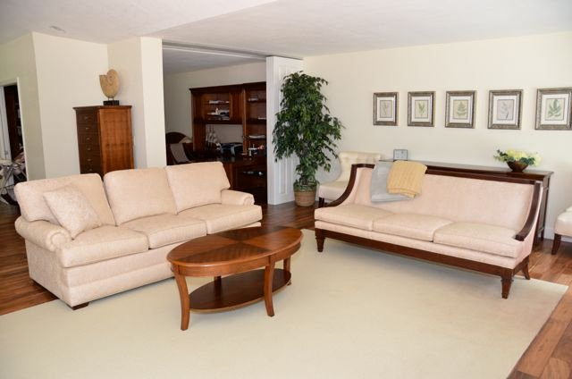 Living Room - Beauville Villa in Pelican Bay - Naples - rentals