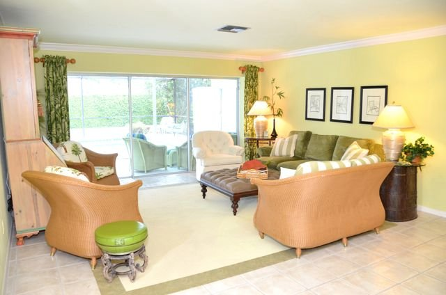 Living Room - House in Park Shore - Naples - rentals