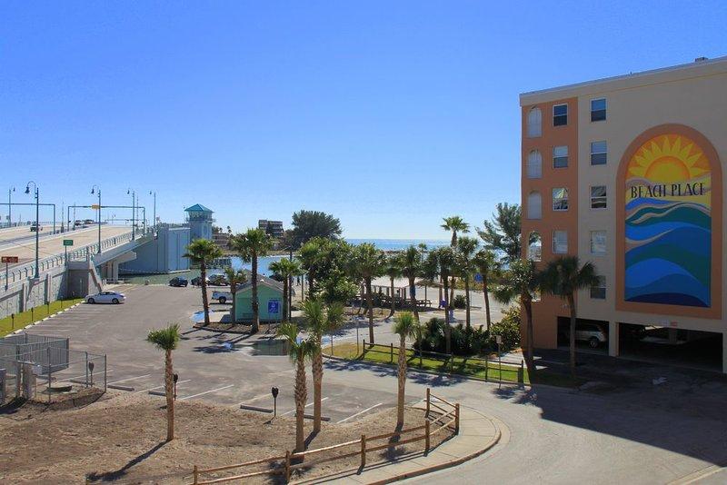 #204 Beach Place Condos - Image 1 - Madeira Beach - rentals