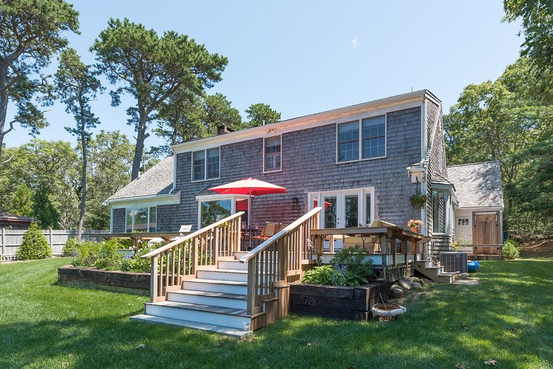 BRANP - Waterfront Home with Private Dock on Lagoon, Accessible to Vineyard Sound,  Media Room, Central AC,  Wi-Fi, Fully Renovated - Image 1 - Oak Bluffs - rentals