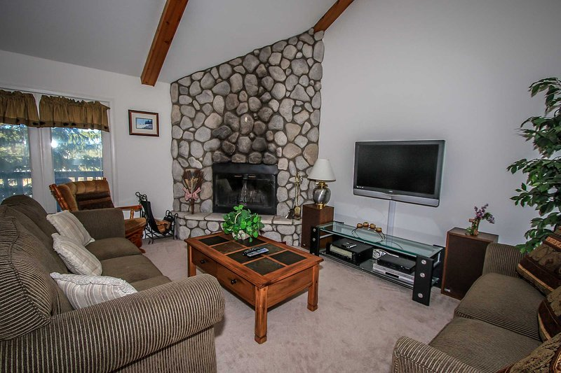 1218-Bear Golf Inn - Image 1 - Big Bear Lake - rentals