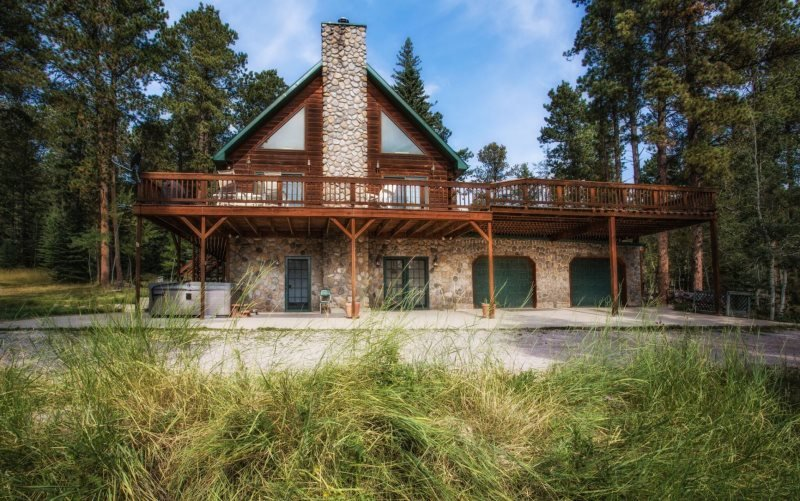 Great Pine Lodge - Image 1 - Lead - rentals