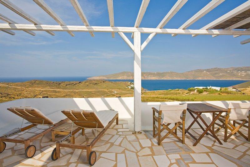 Yaki Sea View Suite - Image 1 - Rome - rentals