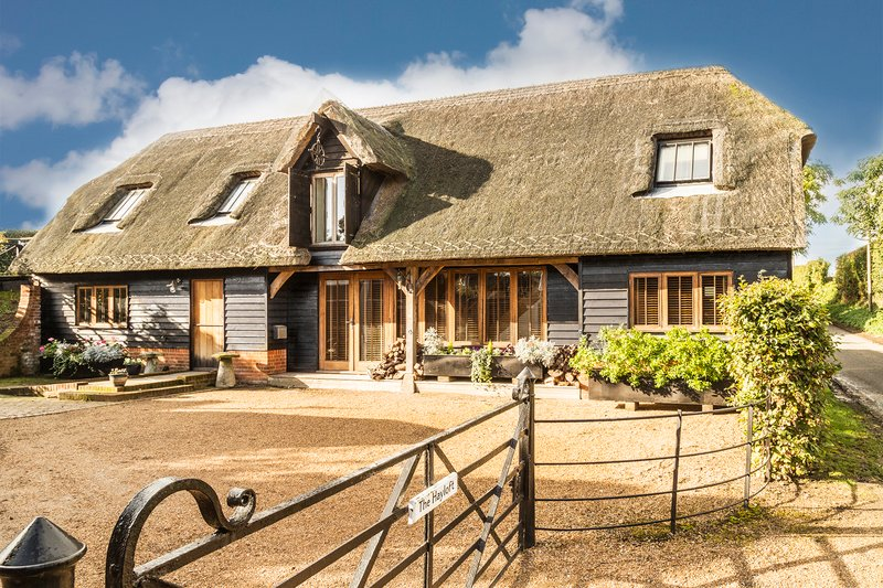 The Hayloft at Chislet - Image 1 - Canterbury - rentals