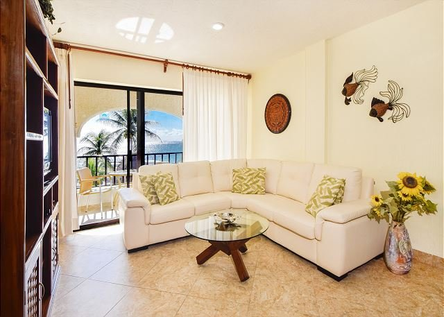 2nd floor awesome direct ocean views! (Xh7114) - Image 1 - Playa del Carmen - rentals