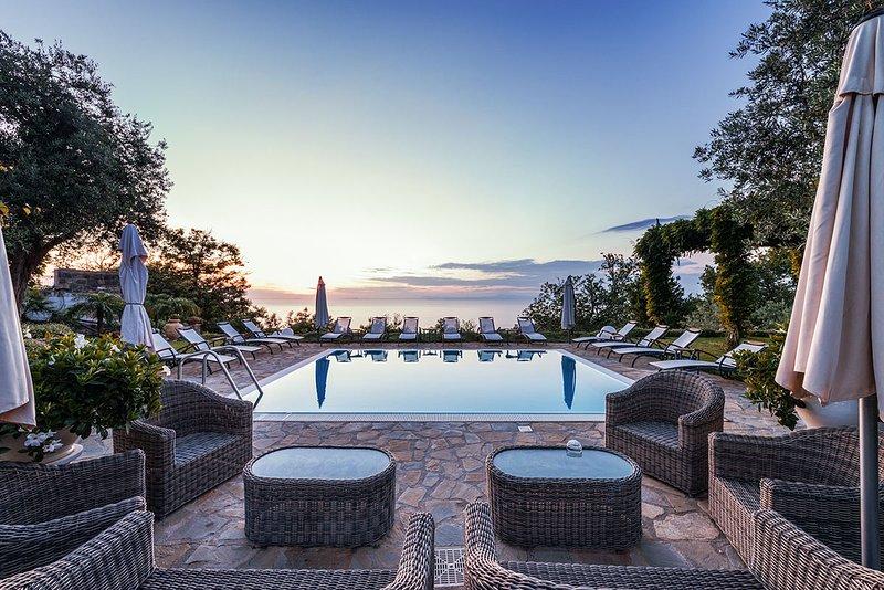Villa Romeo, Sleeps 12 - Image 1 - Massa Lubrense - rentals