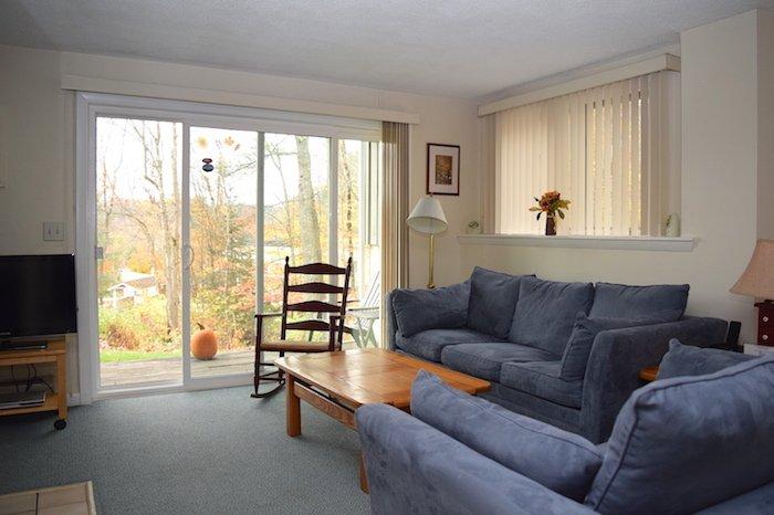 Living Room Alt - Mountainside Resort H-103 - Stowe - rentals