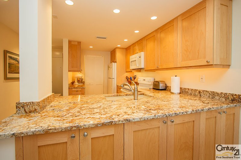 Kitchen - SSE B-106 - South Seas East - Marco Island - rentals