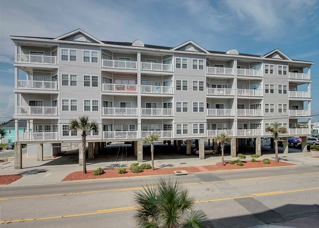 Spacious 6bd/4ba, 2nd row condo at Pier Watch II - Image 1 - North Myrtle Beach - rentals