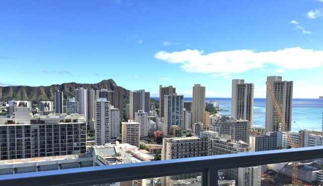 Diamond Head and Ocean views from lanai - Ocean, Diamond Head, mountain Views -  36th floor - Honolulu - rentals