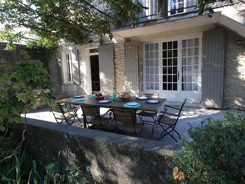 St-Rémy-de-Provence, Landhouse 10p. private pool, 500m to all commodities - Image 1 - Saint-Remy-de-Provence - rentals
