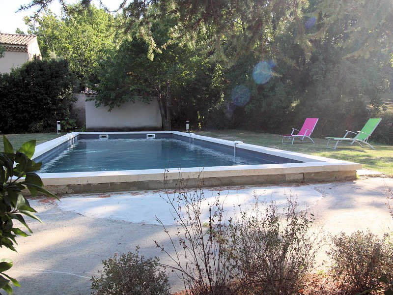 St-Rémy-de-Provence, Landhouse 10p. private pool, 500m to all commodities - Image 1 - Saint-Remy-de-Provence - rentals