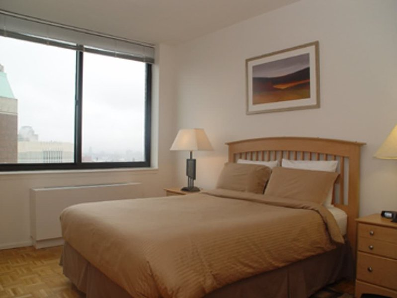 AMAZING 2 BEDROOM 2 BATHROOM FURNISHED APARTMENT - Image 1 - New York City - rentals