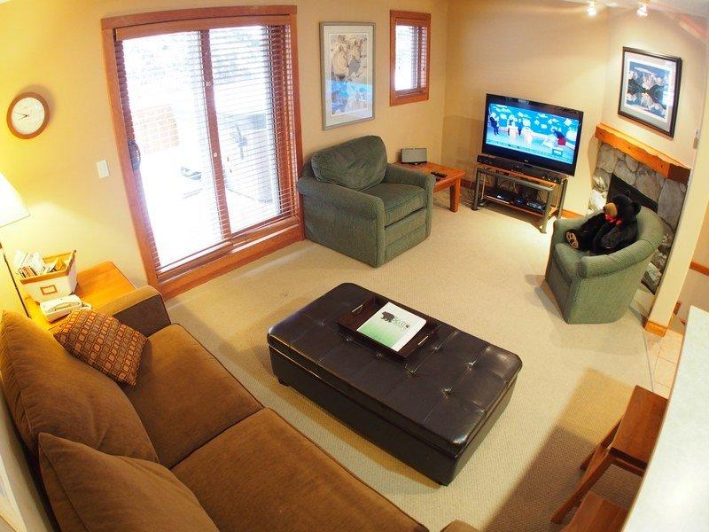 TIM40Livingroom - Timberline Village - 40 - Sun Peaks - rentals