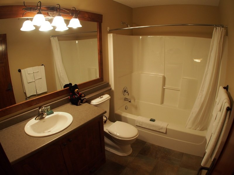 WH45Bathroom2 - Woodhaven Townhouses - 45 - Sun Peaks - rentals
