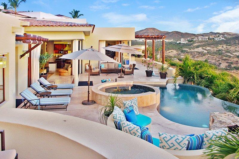 Casa Bella, Sleeps 10 - Image 1 - Cabo San Lucas - rentals